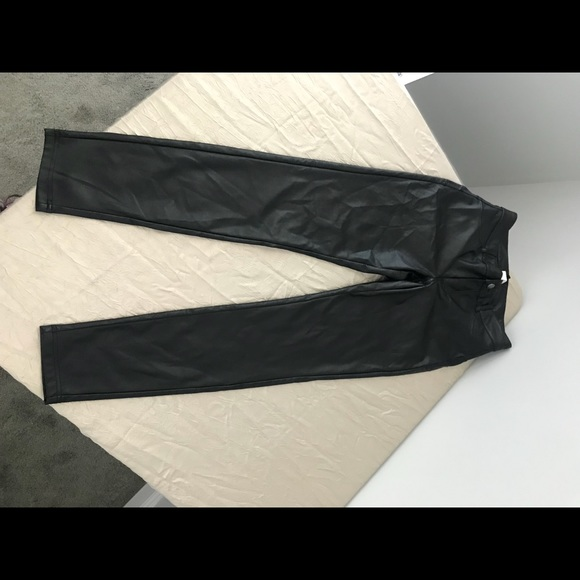 a1e8515f8db Calzedonia Pants - Calzedonia LEATHER-EFFECT LEGGINGS